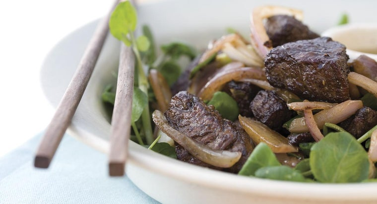 What Is a Recipe for Vietnamese Shaking Beef?