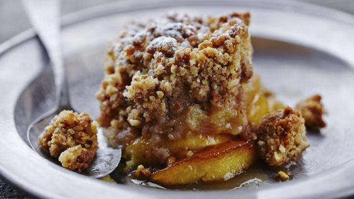 What Is the Most Flavorful Apple Crisp Dessert?