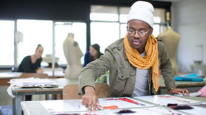 What Are Some Schools With Good Fashion Courses?
