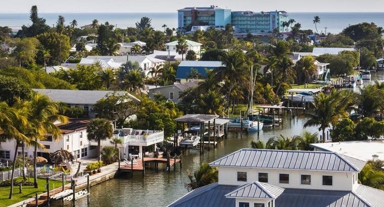 What Are Some Fort Myers Gated Communities?