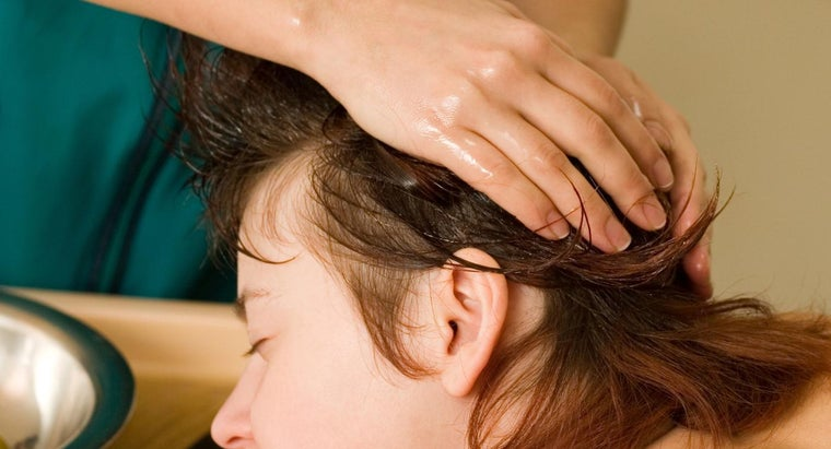 Does Using Walnut Oil on Hair Have Any Benefits?
