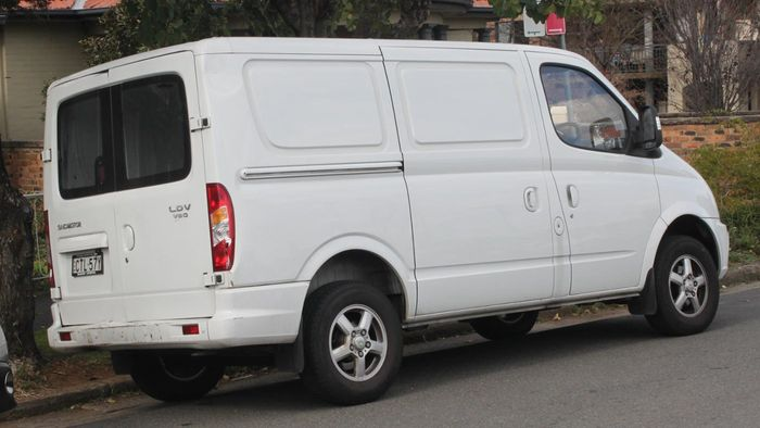 How Do You Choose a Good Used Van?