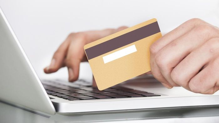How do you obtain a free instant credit report?