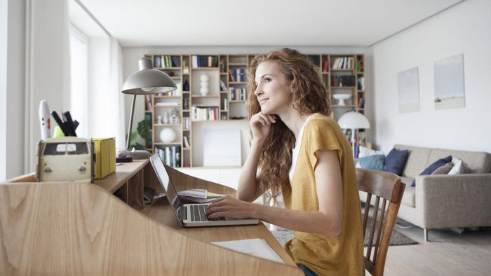 How Should You Go About Hiring a Personal Assistant?