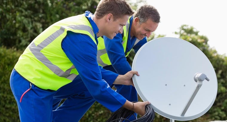 How Do You Set up a Satellite Dish?