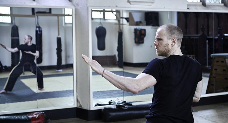 How Do You Buy Huge Wall Mirrors?