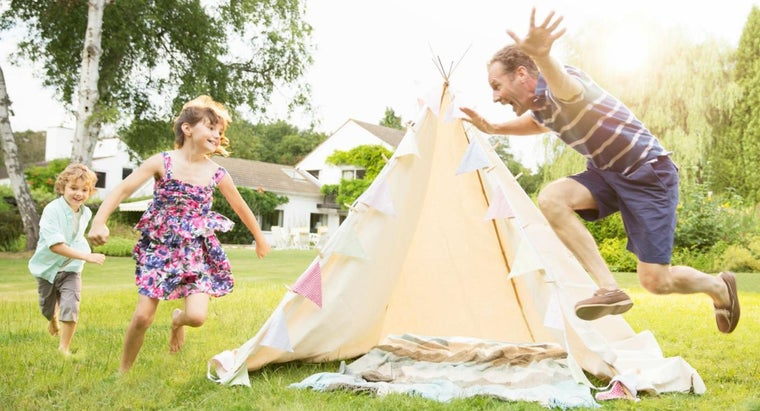 How Do You Make a Children's Teepee?