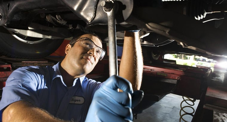 Who Publishes the Most Complete Auto Repair Manuals?