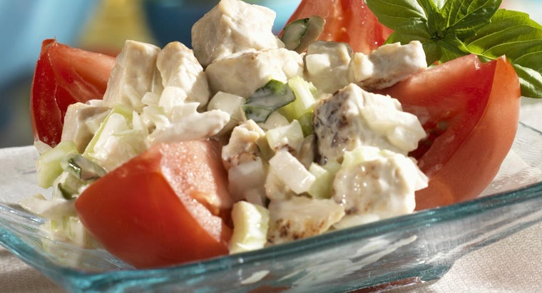 What Is a Basic Chicken Salad Recipe?