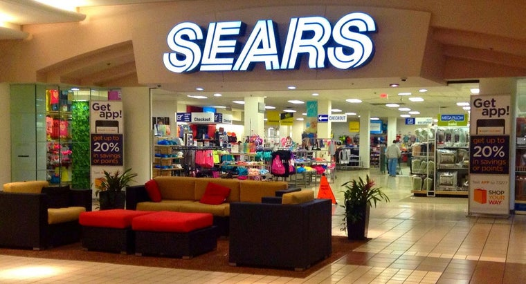 What Brands of Refrigerators Are Sold at Sears?