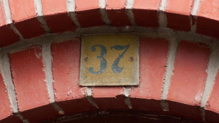 How Are House Numbers Determined?
