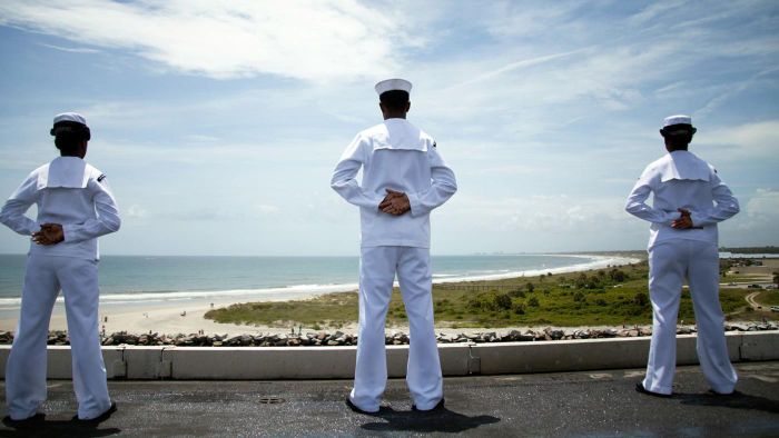 What Are Some Typical Navy Salaries?