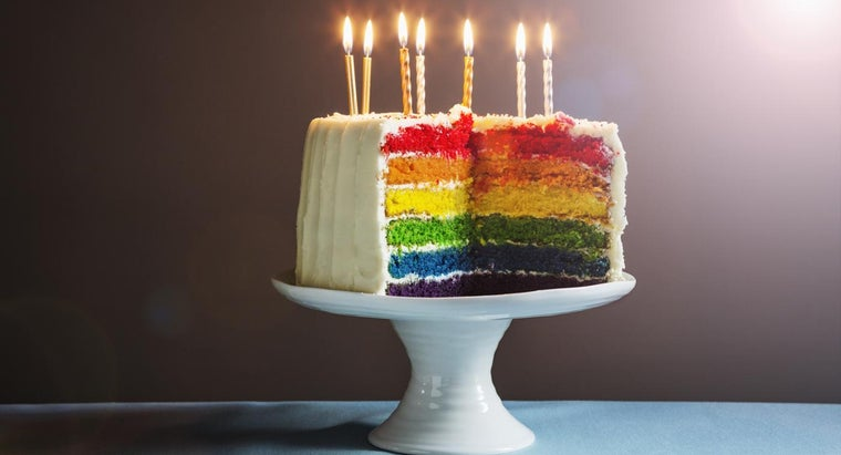 What Kinds of Cakes Can You Order Through Wegmans?