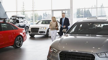 Are Car Dealerships Generally Open on Sunday?
