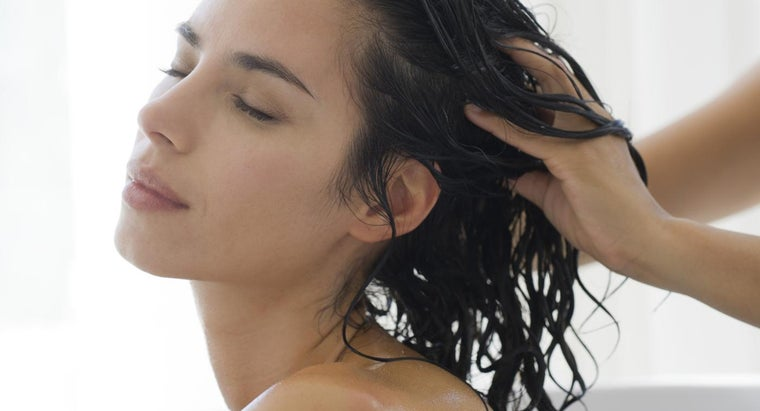 How Do You Use Castor Oil for Hair Growth?