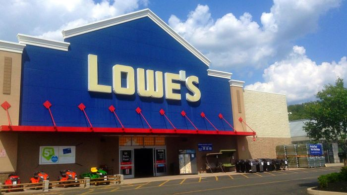 What Are Some Different Types of Countertops at Lowe's?