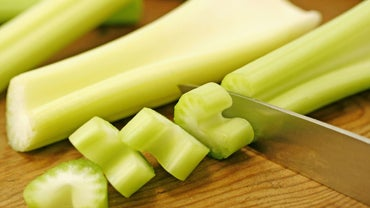 What Benefits Do Men Get From Eating Celery?