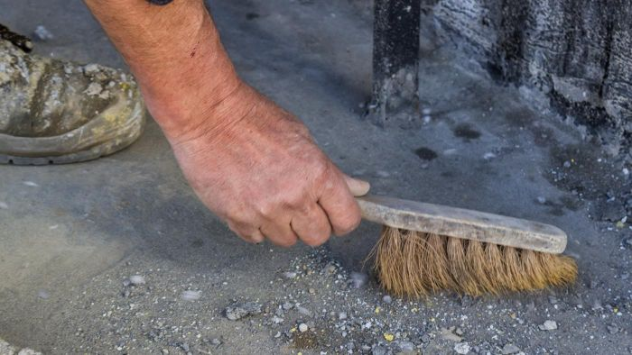 How Do You Clean Oil Stains From Concrete?