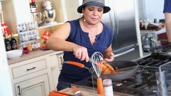 What Are Some Popular Recipes by Rachel Ray?