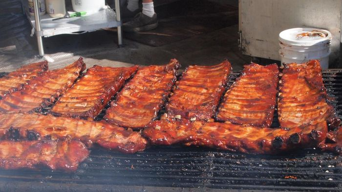 What Are Some Popular Recipes for Barbecue Ribs?