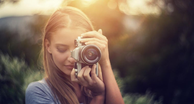 What Colleges Offer a Degree in Photography?