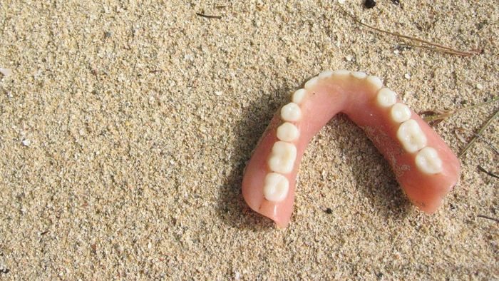 What Is the Average Cost of Same-Day Dentures?