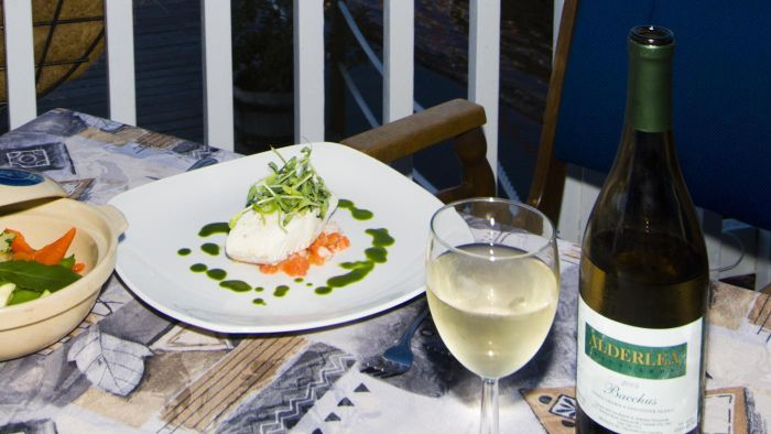 How Do You Determine Complementary Wine and Food Pairings?