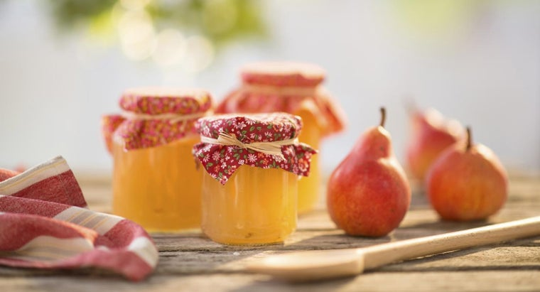 What Is a Recipe for Pear Preserves?