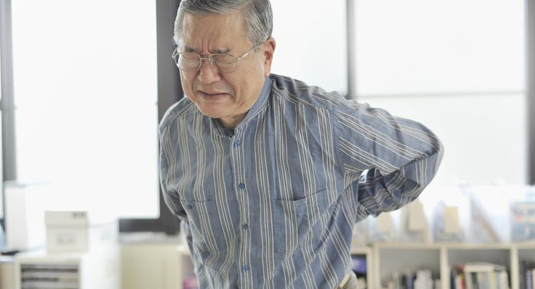 What Are the Surgical and Nonsurgical Options for a Herniated Disc in Your Back?