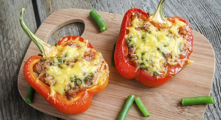 What Are Some Simple Recipes for Cooking Stuffed Peppers in the Oven?