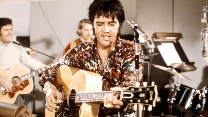 When Did Elvis Presley Music Become Popular?