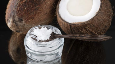 What Are the Health Benefits of Pure Coconut Oil?