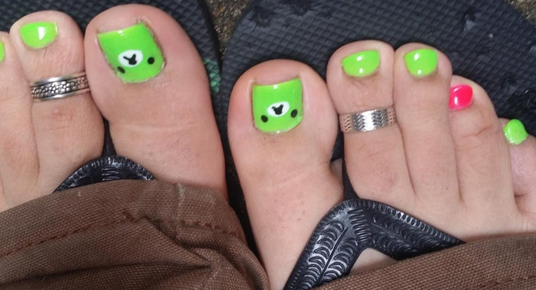 Where Can You Find a Gallery of Nail Art Designs?
