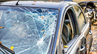 How Do You Replace a Front Windshield?