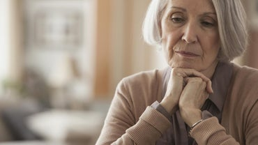 What Are the Symptoms of Low Sodium Levels in Elderly People?