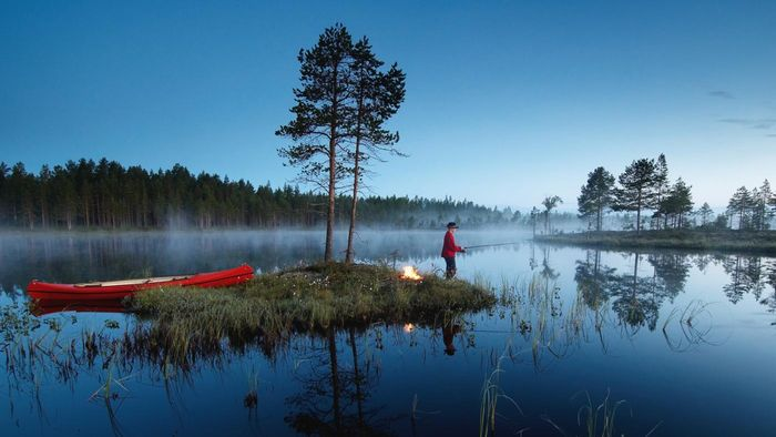 Where Can You Find Good Deals on Fishing Canoes?