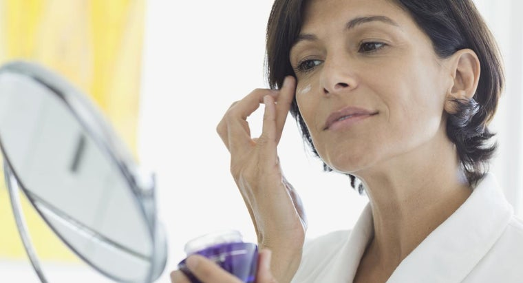 What Are Some Popular Scar Removal Creams?