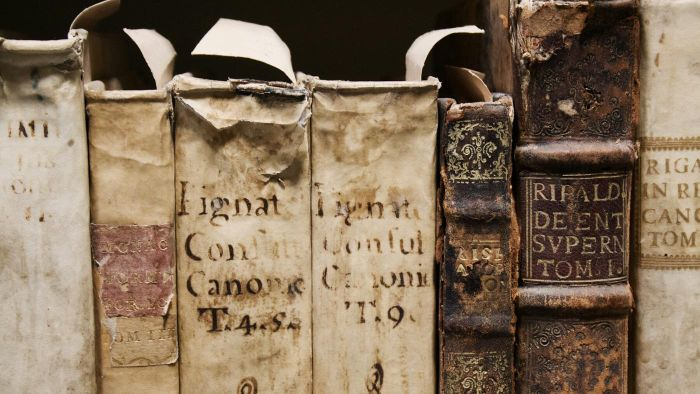What Determines the Value of an Old Book?