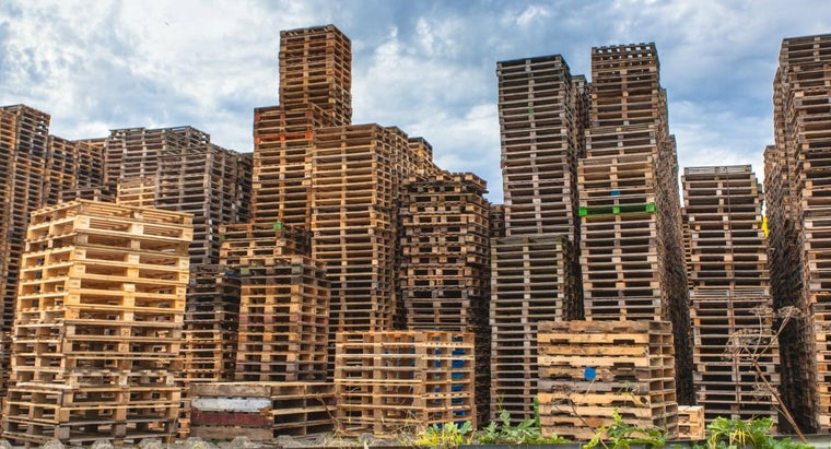 What Is the Size of a Standard Wood Pallet?