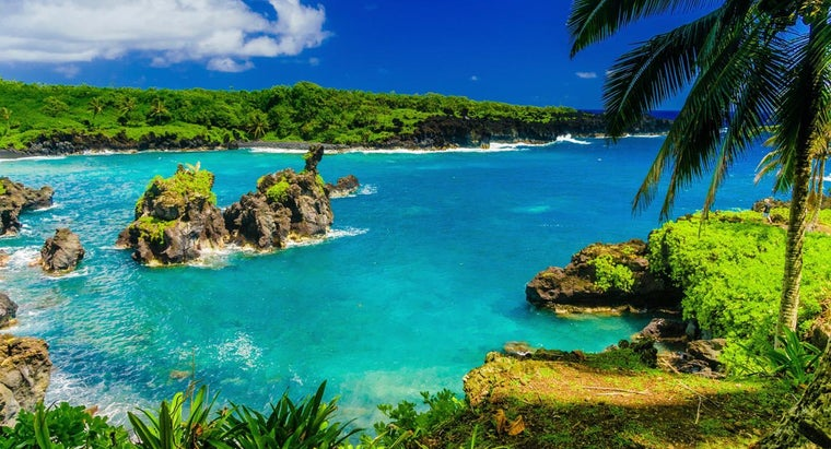 What Are Some Tourism Attractions in Maui?