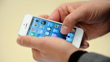 How Do You Get an IPhone 5 for Free?