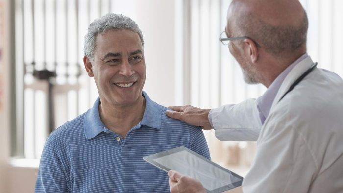 What are the rarest symptoms of colon cancer?