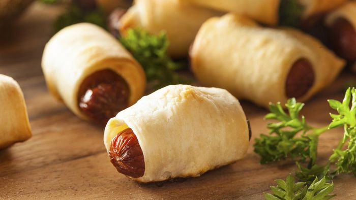 What Are Some Recipes for Pigs in a Blanket?