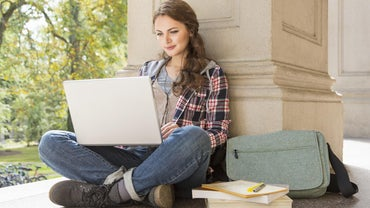 What Is a Good Laptop to Use in College?