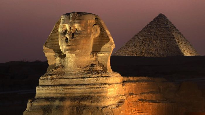 What Are Similarities Between the Egyptian and South American Pyramids?