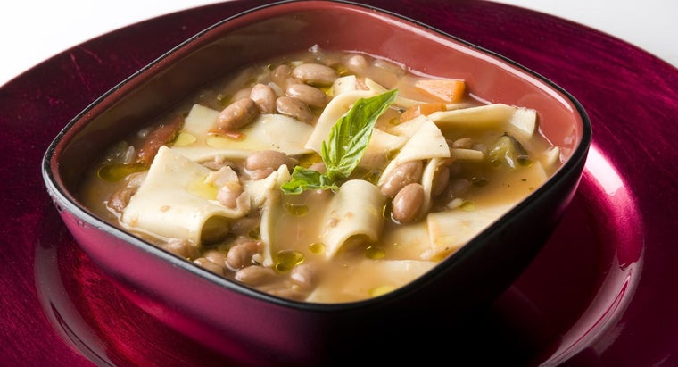 What Are Some Recipes for Pasta Fagioli?
