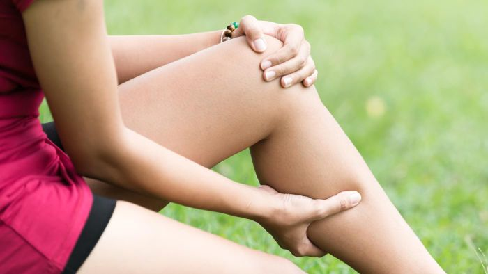 What Are Some Causes of Pain in the Back of the Knee and Calf?