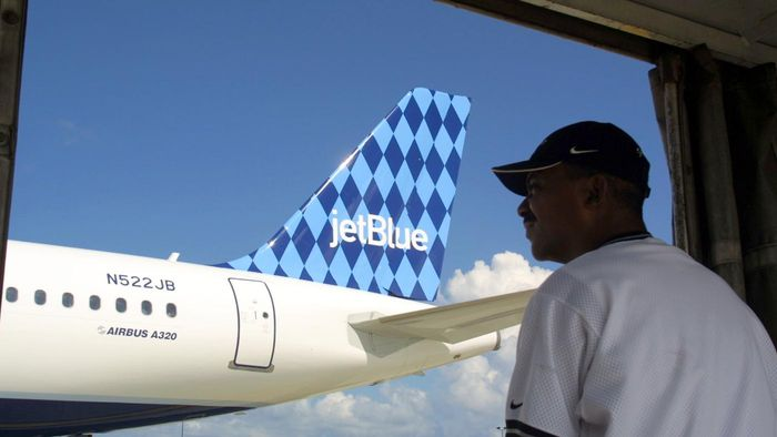 How Do You Earn Air Miles With Jet Blue?