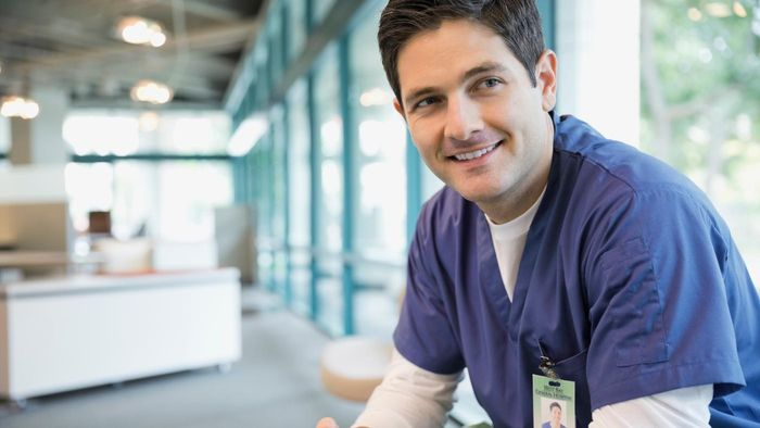 How Much Do Professionals in Medical Administration Make Per Year?