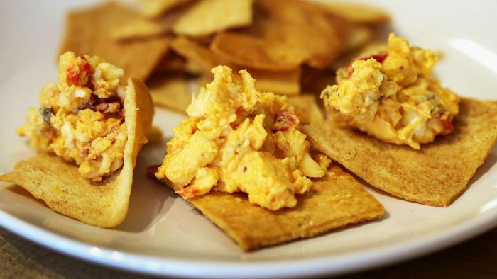 What is an easy recipe with pimento cheese?